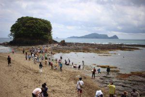 【出羽島】第13回目出羽島ビーチクリーンが行われた時の様子